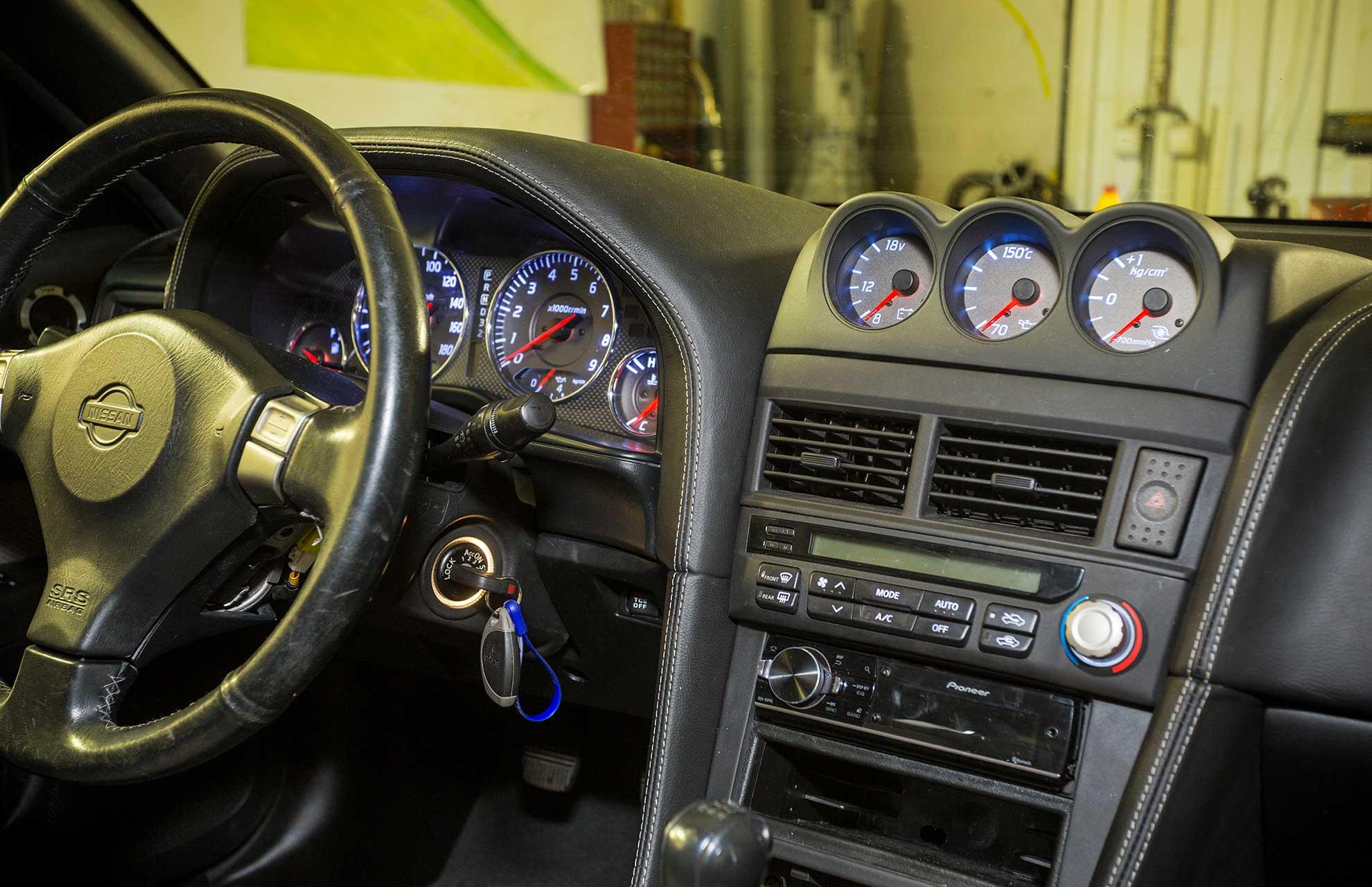 1999 Nissan Skyline Gtr R34 For Sale >> Nissan Skyline R34 LHD Left hand drive dashboard - Kageki ...